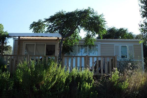 au paradis des campeurs campingplatz 4 sterne les issambres provenza alpi costa azzurra. Black Bedroom Furniture Sets. Home Design Ideas