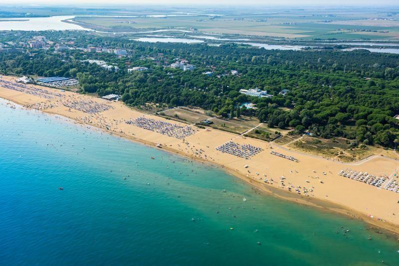 Offerta di luglio in residence a Bibione con spiaggia e piscina