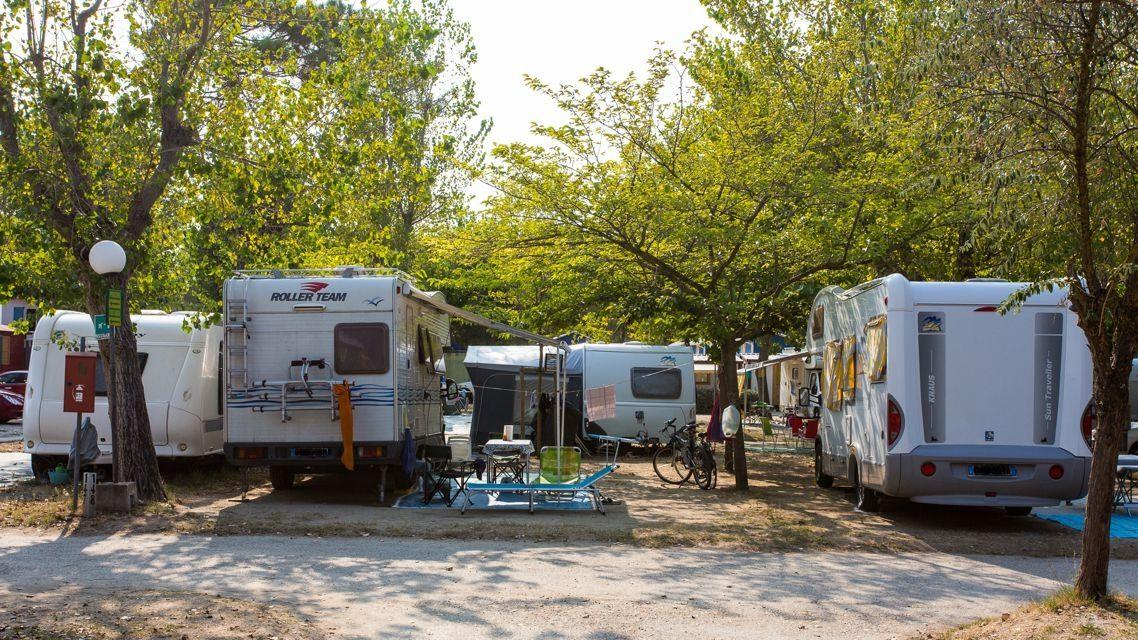 Camping Bungalow Villaggio Pineta, Camping 3 stelle Milano ...
