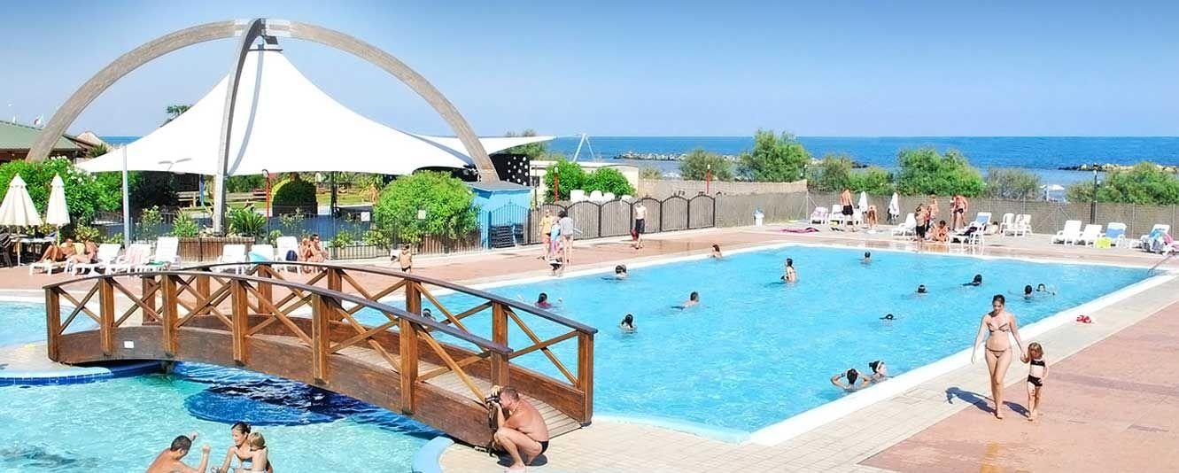 Campeggi 2018 camping e villaggi in italia corsica e croazia - Camping in toscana sul mare con piscina ...
