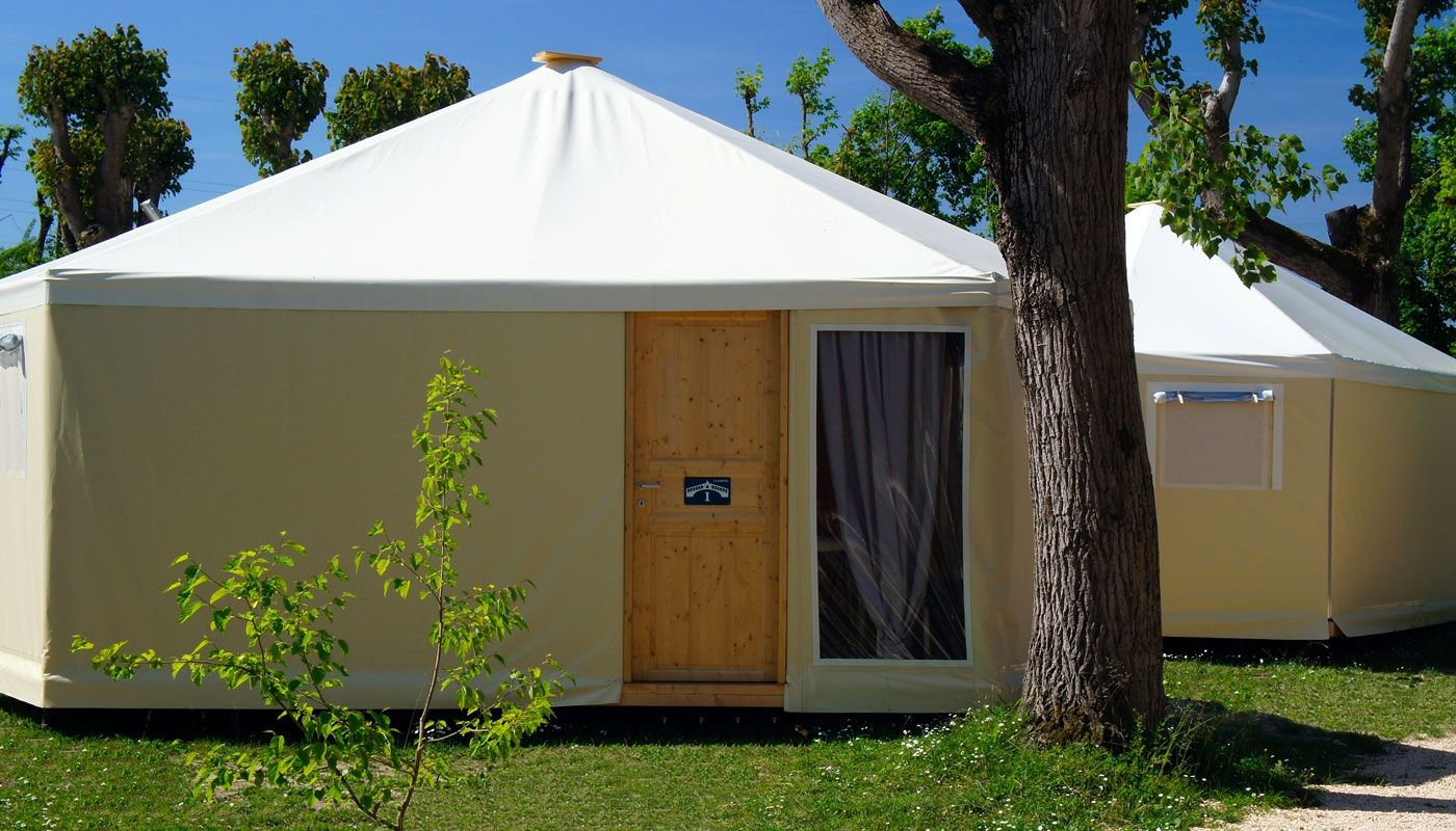 Glamping Bungalow Tent