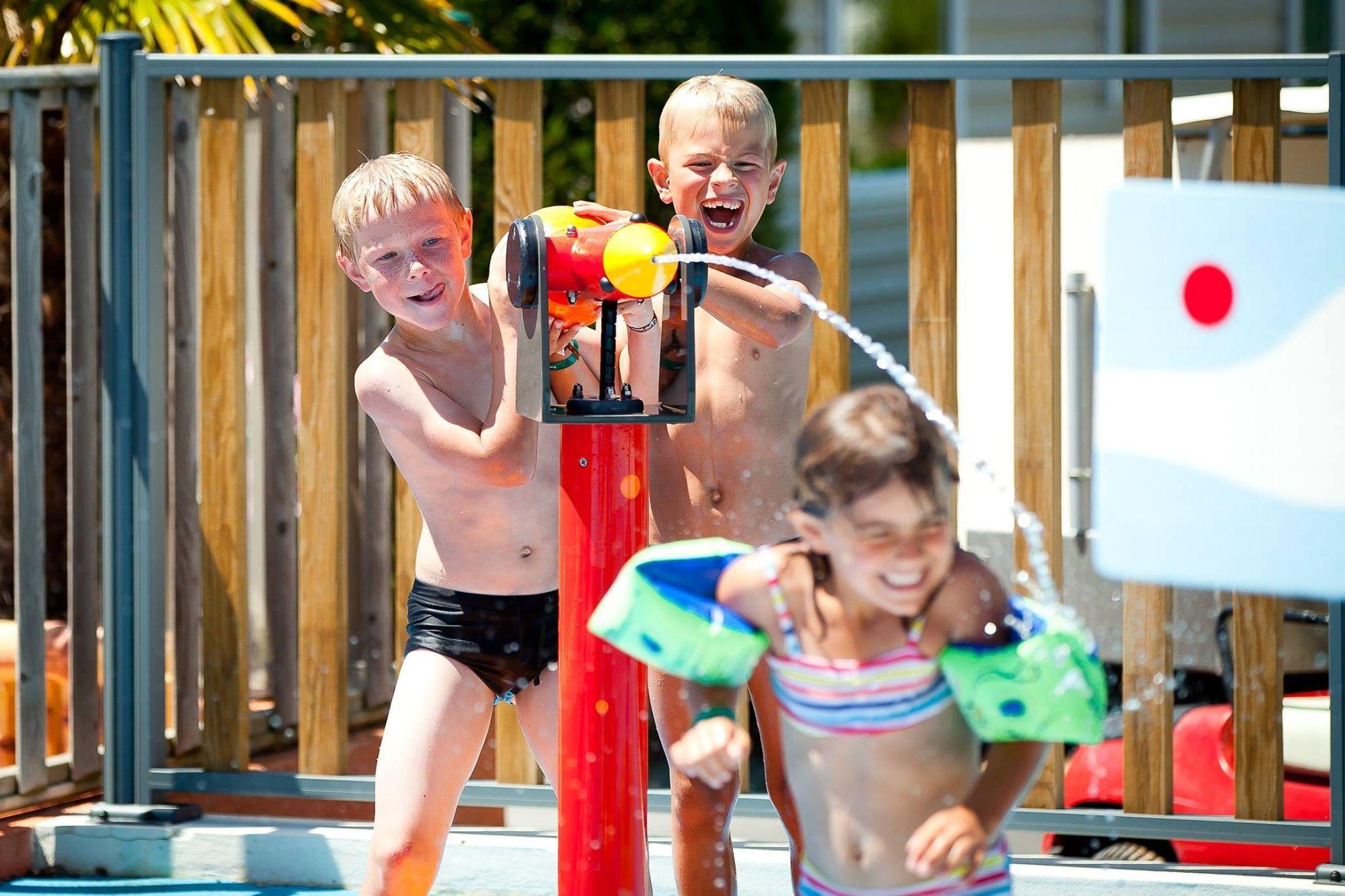 Nuovo Spray Park nella piscina Atoll Beach